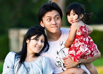 Happy family_ Watchcaddy_cropped